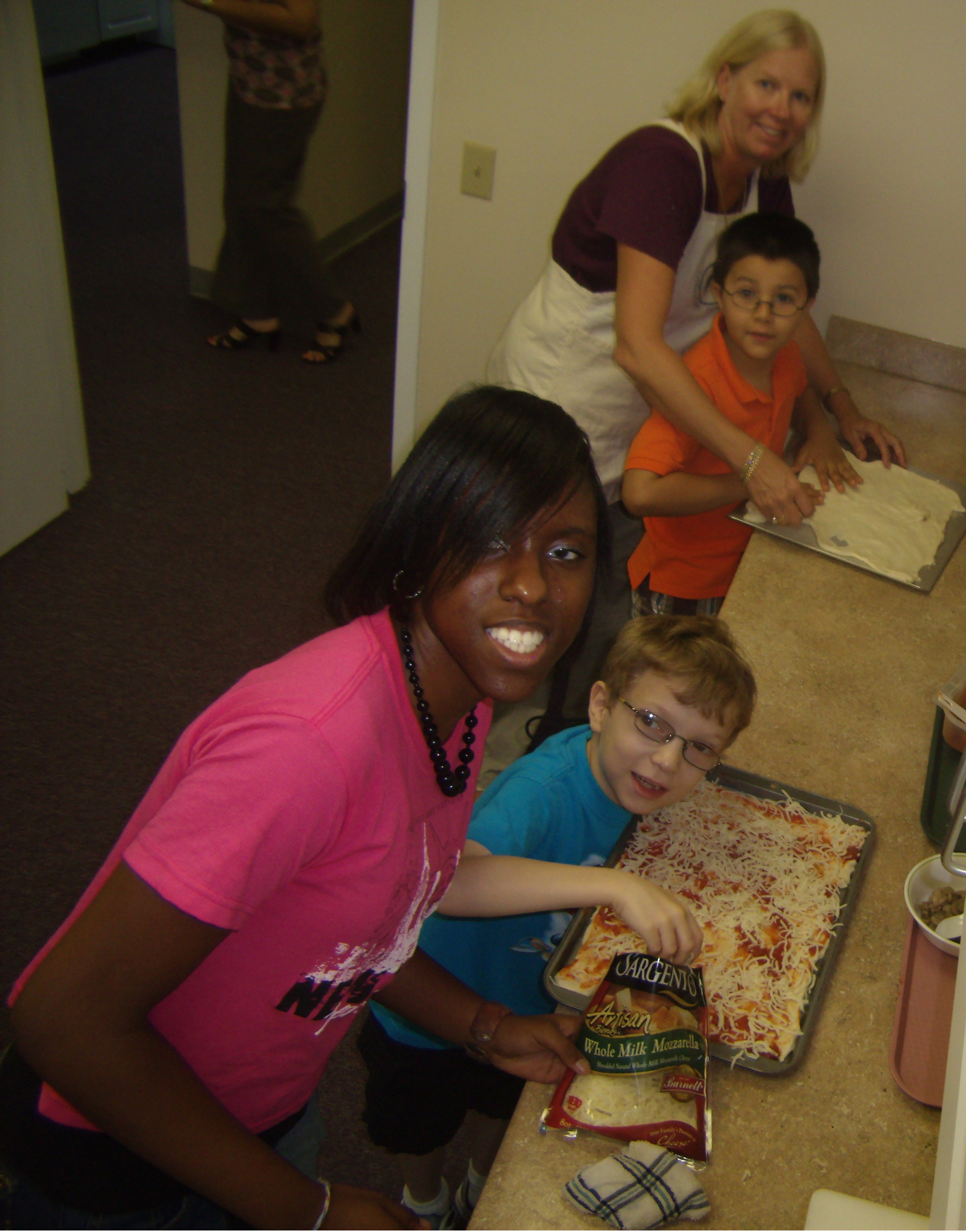 Diane Salina, Lighthouse Instructor, teaching a cooking class at the Summer Enrichment Program.